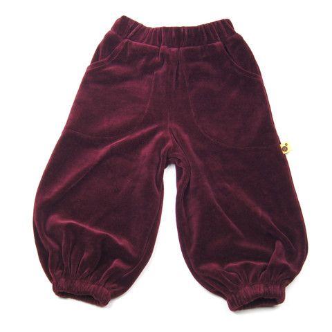 Perfect play pants from Krutter http://www.danskkids.com/collections/pants/products/krutter-velvet-pants-fig