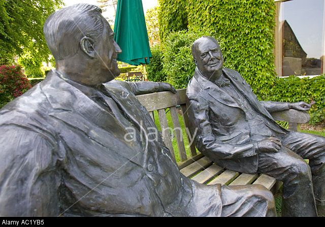 Priory Bay Hotel Winston Churchill Teddy Roosevelt sculptures in Garden Isle of Wight England UK Stock Photo