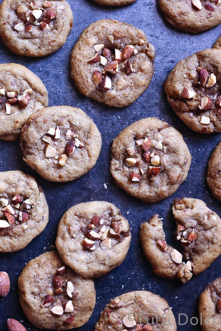 Salted Caramel Almond Crunch Cookies - soft-batch cookies with salted caramel almonds and toffee bits!