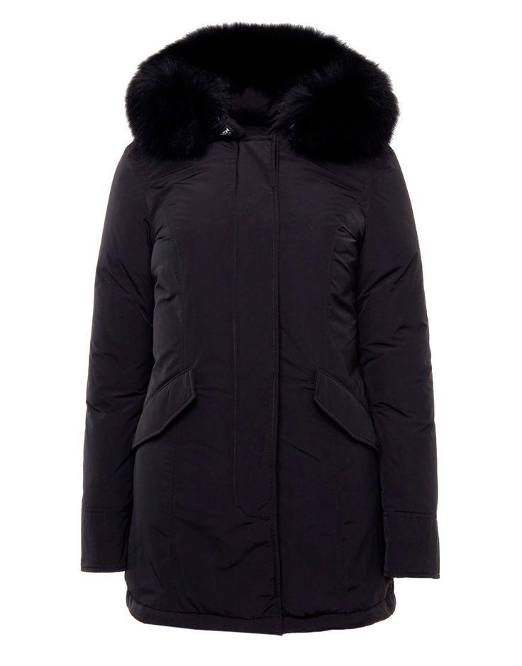 Woolrich Luxury WS Jacket Black Online op maddoxjeans.nl voor slechts € 869,95. Vind 26 andere Woolrich producten op maddoxjeans.nl.