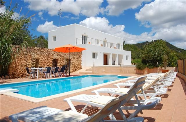 Holiday Villa with in Ibiza Town, - beach/lake nearby, balcony/terrace, air con, TV