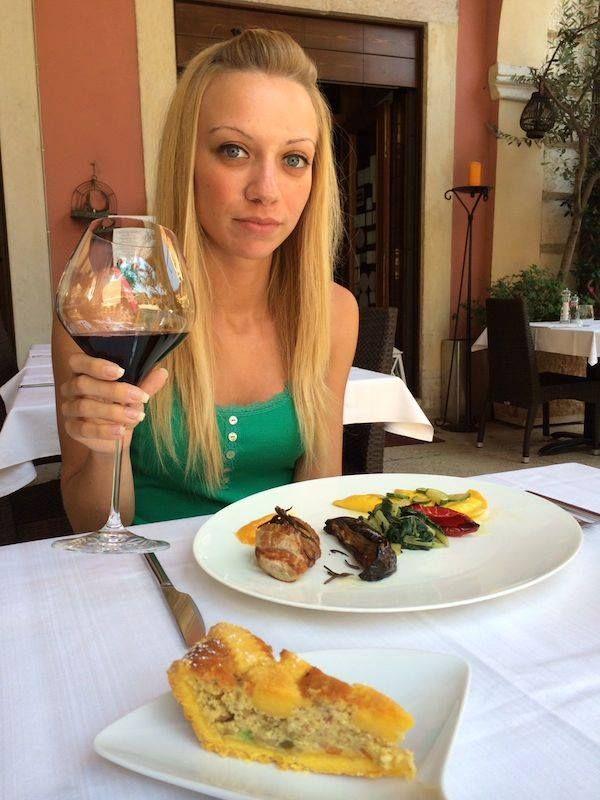 Sara ha scelto di pranzare a soli € 15,- con il sfizioso Piatto Unico Daily Lunch