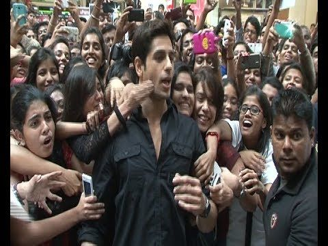 Sidharth Malhotra MOBBED by his female fans.