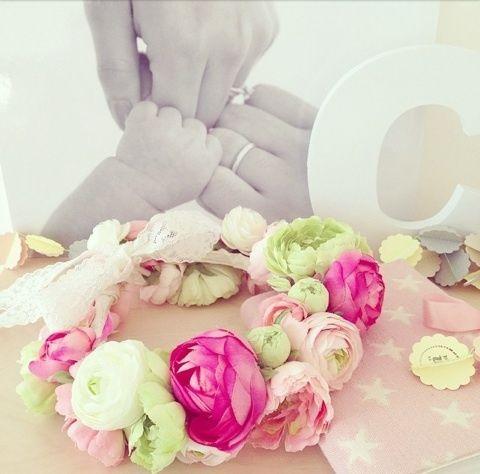 娘の2歳の誕生日用に手作りした花冠✿反響が大きかったので作り方をUPします♫*****************************************…