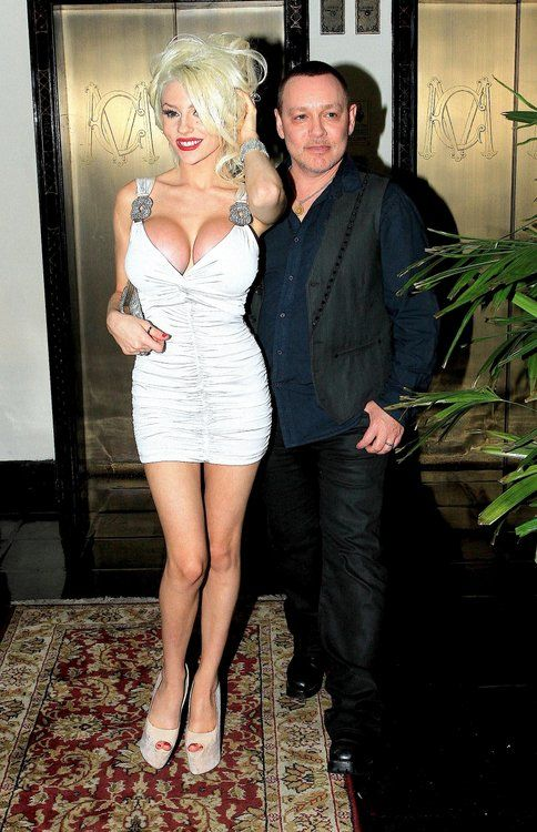 Courtney #Stodden, Doug Hutchison Spotted at Chateau Marmont
