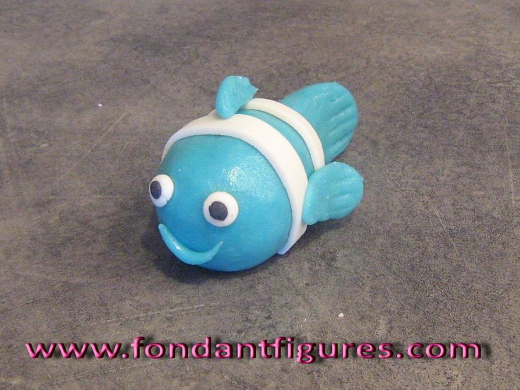 How to Make a Simple Fondant Fish