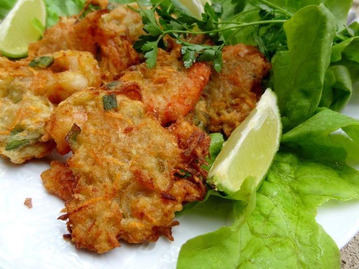 Ukoy (Philippines) - Beignets de crevettes aux légumes Cuisiner pour la paix : aujourd'hui le 12 juin c'est la fête nationale des Philippines, joyeuse Araw ng̃ Kalayaan aux philippins et aux philippines, ce jour correspond à l'accession à sa premièreindépendance en 1898 vis-