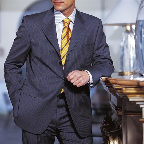 Костюм мужской правила ношения