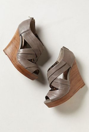love these #grey wedges