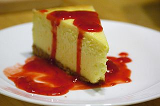 Hands down the best explanation of making the perfect cheesecake. Used this recipe multiple times, and it always turns out perfect! Cheesecake, Plain New York Style - Recipe File - Cooking For Engineers