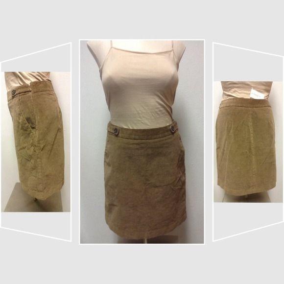 Camel corduroy skirt - Banana Republic Camel corduroy skirt with side slant front pockets and side zipper. Cotton with 1% spandex. Banana Republic Skirts