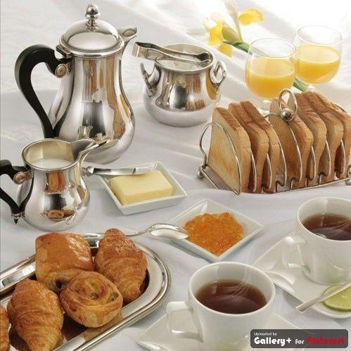 morning breakfast with tea