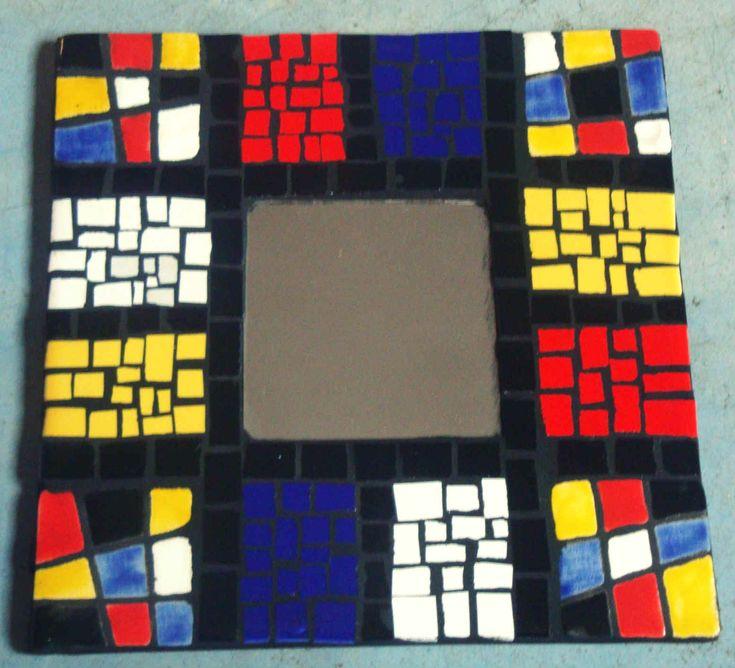 Grana Trencadis lanza un nuevo seminario de espejos intervenidos con mosaico - http://www.femeninas.com/grana-trencadis-lanza-un-nuevo-seminario-de-espejos-intervenidos-con-mosaico/