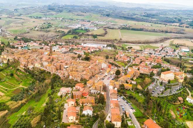 Viaje rápido de un fin de semana a la región de La Valdera en la Toscana. Ruta y lugares turísticos visitados durante mi primera vez en Italia
