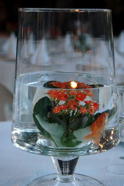 Centro de mesa con un peces nadando dentro ideas para el - Centros de mesa con peceras ...