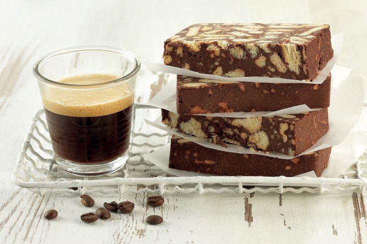 """Μωσαϊκό σοκολάτας με espresso, Kahlua και """"ΠΤΙ-ΜΠΕΡ"""" ΠΑΠΑΔΟΠΟΥΛΟΥ"""
