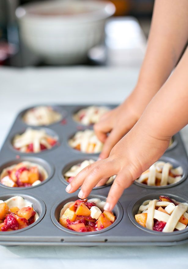 hello, Wonderful - COOKING WITH KIDS: MINI PEACH RASPBERRY PIES