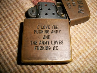collectible items: Vintage 1st CAVALRY DIVISION VIETNAM ZIPPO LIGHTER