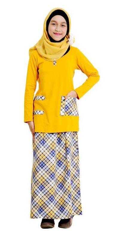 Nibras Teens NT01 – Paduan blus dan rok  untuk remaja, desain yang trendy dengan pilihan warna yang manis dan sentuhan motif kotak-kotak – 2 Pilihan Warna – Rp. 199.000,- Discount 15% = Rp. 169.000,-