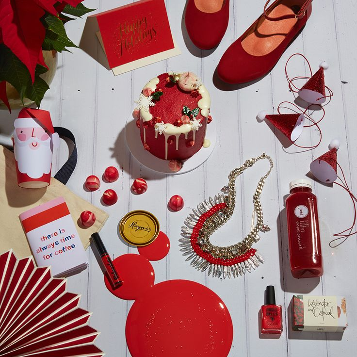 Christmas Red Spread Colour is Haymes Adventure Styling by @partywithlenzo + Photography by @fistorey