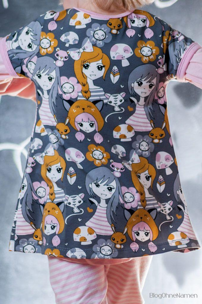 Ein klimperkleines Kinderkleid als Tunika.