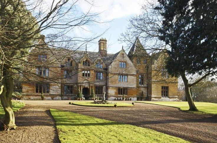 Stockdale Manor, England - Large Holiday Homes to Rent - Oliver's Travels
