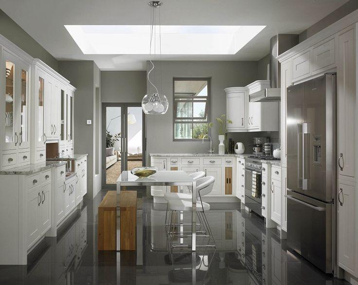 shaker style kitchen, mereway, english revival, chalk white