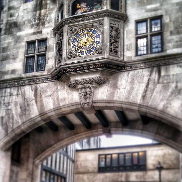 @elly_za92 #clock #liberty #commercialcenter #oxfordstreet #regentstreet #londn #london2015 #londonmoments #visitlondon #likesforlikes #likebackalways #likeback #20likes #likebackteam #like4like #comments #details #grey #gold #bridge #stone #walking #city #monday #novemberphotochallenge #novemberphotoaday #november