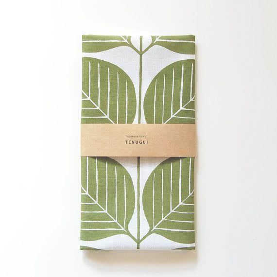 手ぬぐい葉もようTenugui Japanese  Cotton Towel Fabric by itsukonaka