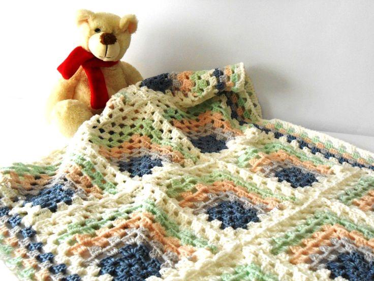 Crochet baby blanket, Pram baby blanket, baby shower afghan, 100% pure Merino Wool, Grannysquare