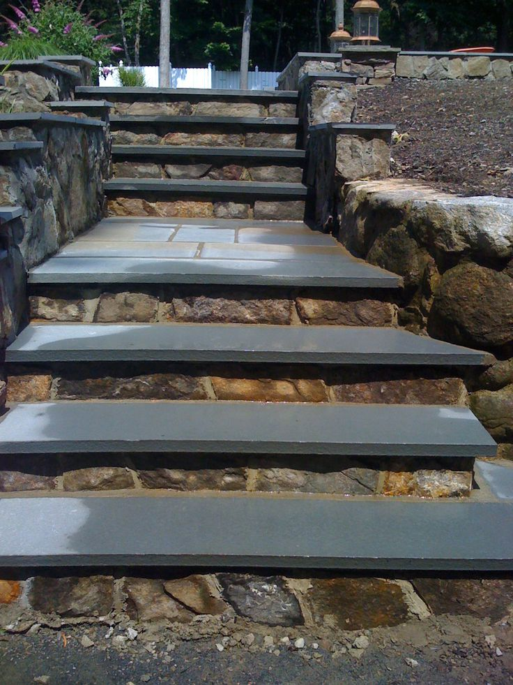 25 best ideas about 1e porch treads stairs lights on for Pictures of stone steps