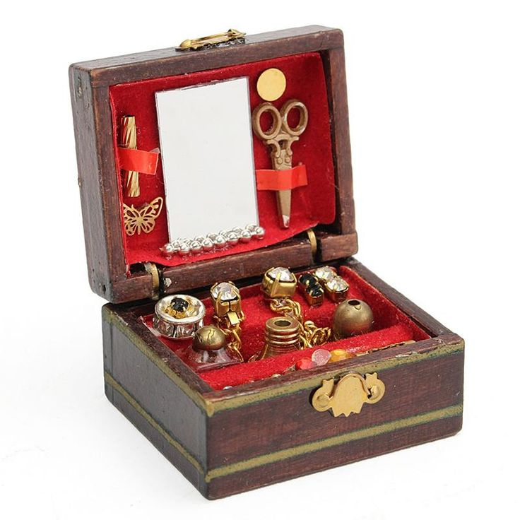 Wooden Jewelry Box in 2020 Wooden jewelry boxes