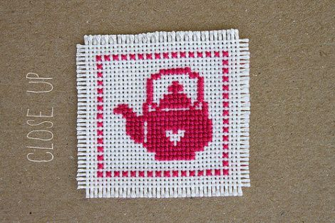 Small cross stitch motifs