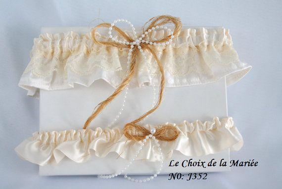 Mariage, set jarretières mariage . jarretière rustique, jarretière dentelle, jarretière dentelle ivoire, accessoire mariage.