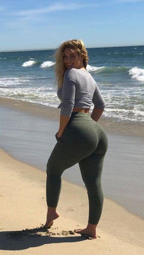 Girl Tight Yoga Pants Fucked