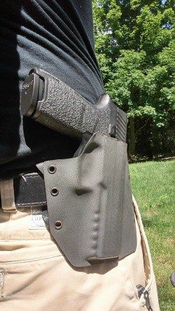 There are, according to a completely-made-up-by-me-but-probably-not-too-far-off-number, approximately six billion custom kydex holster makers in the world. Don't believe me? If you belong to Facebook, find a large Facebook group (or internet forum) for a handgun you have, join it, and then