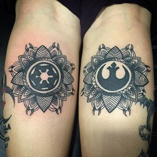 "The insignia for the rebel alliance and the galactic empire. | 28 ""Star Wars"" Tattoos That Will Awaken The Force In You"