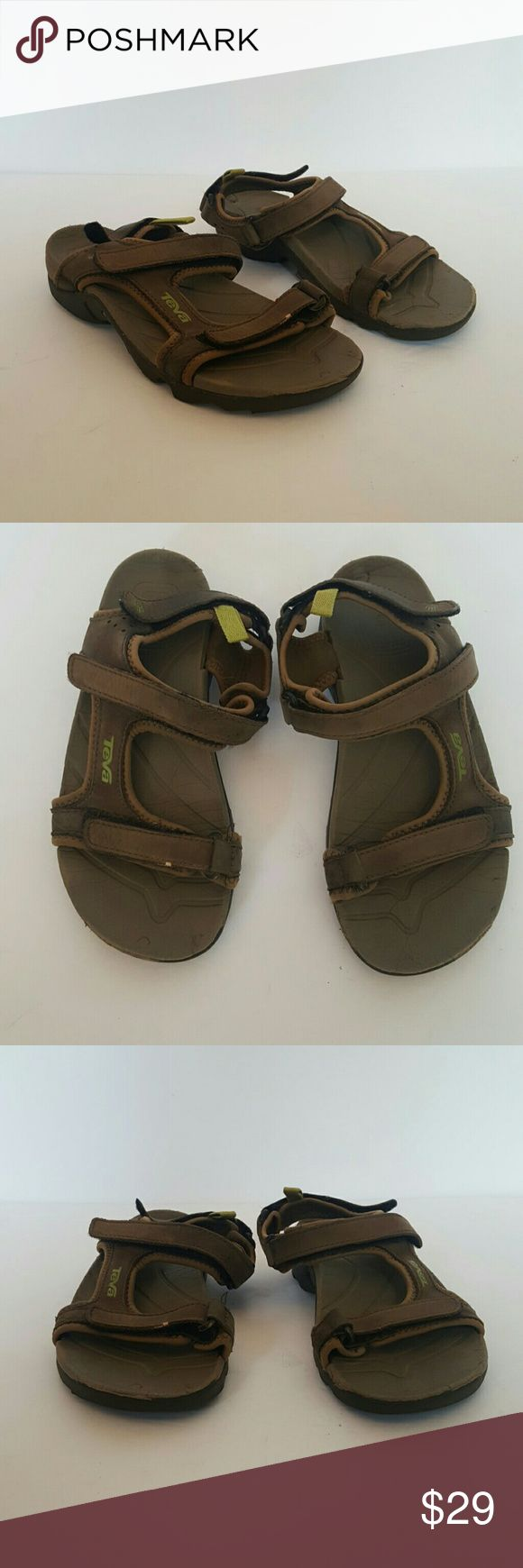 TEVA KIDS SIZE 2 SANDALS SHOES VELCRO STRAP TEVAS YOUTH SIZE 2 SANDALS OPEN TOE VELCRO SHOES SIZE 2 BROWN AND GREEN LEATHER Teva Shoes Sandals & Flip Flops