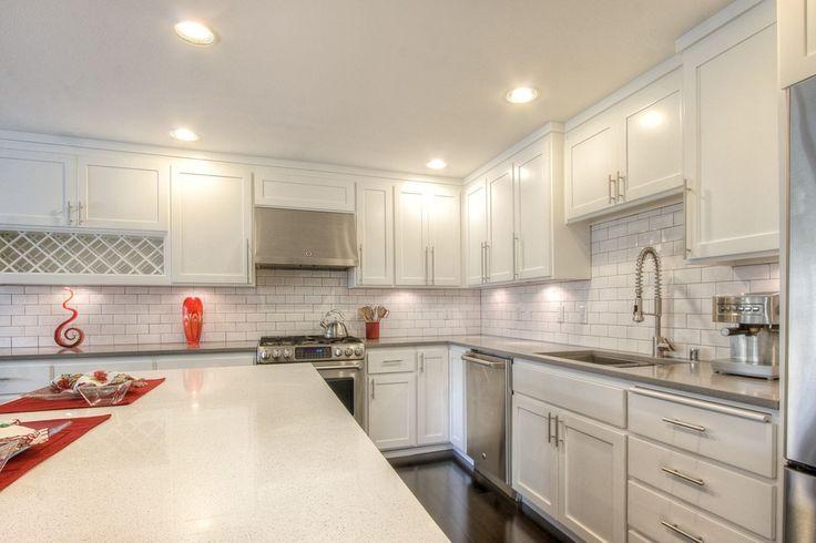 Best Hampton Bay Shaker Satin White Cabinets Google Search 400 x 300