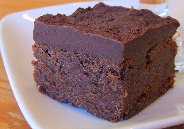 I don't think I have EVER seen such a dense, fudgy looking brownie - Chocolate Mascarpone Brownies