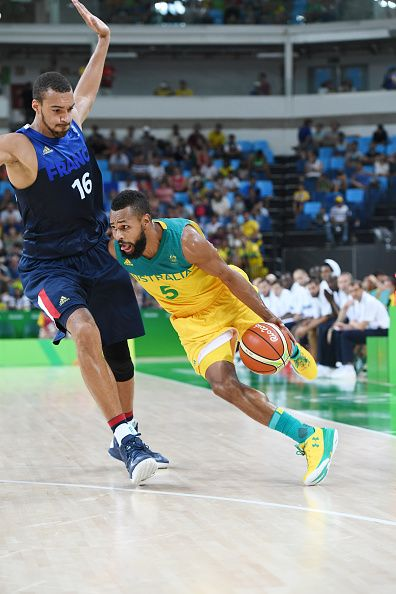 #RIO2016 Best of Day 1 - Patty Mills of Australia handles the ball against France on Day 1 of the Rio 2016 Olympic Games at Carioca Arena 1 on August 6 2016 in Rio de Janeiro...