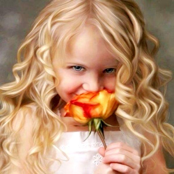Beautiful little girl blonde curly hair ToniK ~• • Bébé ...