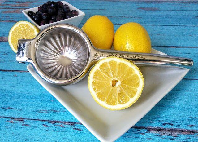 #lemon_squeezer #lemon_juicer #citrus_juicer #manual_juicer #hand_juicer #lime_juicer #lime_squeezer #stainless_steel_lemon_squeezer #lemon_squeezer_press #citrus_juicer_press