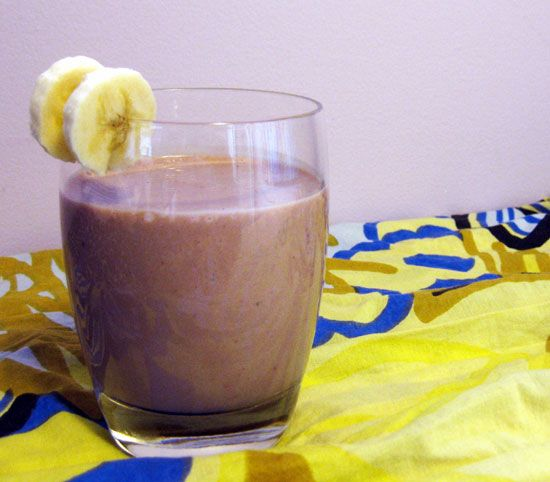 #Smoothie that's sweet enough for dessert, but full of #protein and fiber for breakfast.