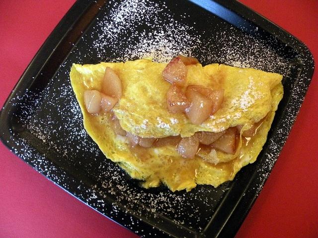 Omelette pere cannella by chefpercaso, via Flickr
