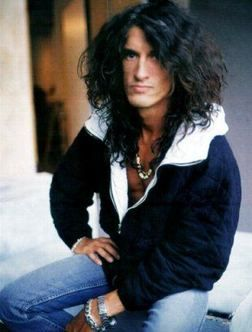 [09.10.12] Happy 62nd birthday to Joe Perry of Aerosmith. Still madly in love w/ him- He's really 62?