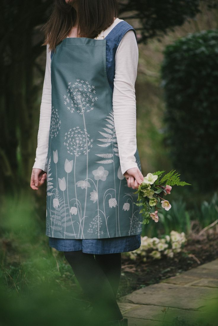 Charlotte's Garden - a design by Hannah Nunn for the Bronte Parsonage Museum shop. Photos by Sarah Mason Photography #hellebores #ferns #tulips # alliums #victoriangarden #bronte #charlottebronte ##bronte200 #apron