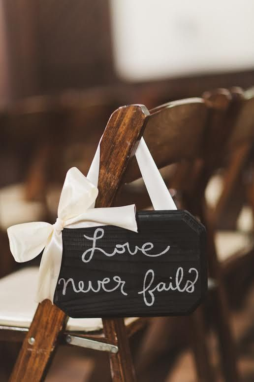 Decorate your aisle with these Love Plaques! One set of eighteen includes two plaques with the following nine inscriptions:  Love is patient Love