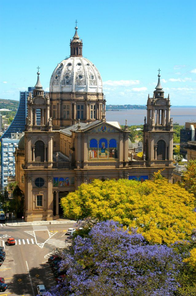 Catedral de Porto Alegre. Fui vizinha dela por muitos anos morando no centro.