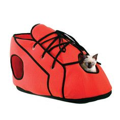 Red Shoe Cat House, $12, now featured on Fab.